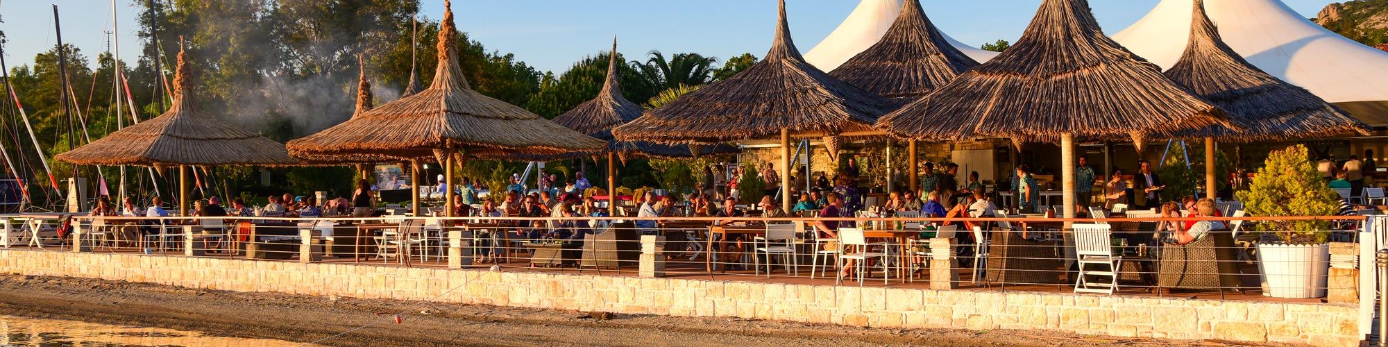 Phokaia beach bar